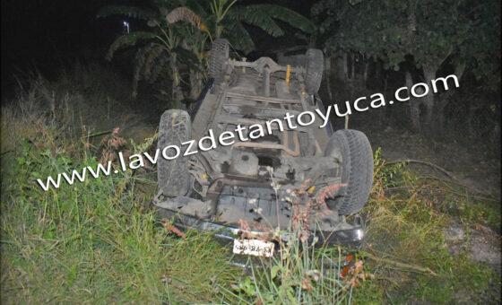 Ganadero que volcó anoche huía de autoridades   LVDT