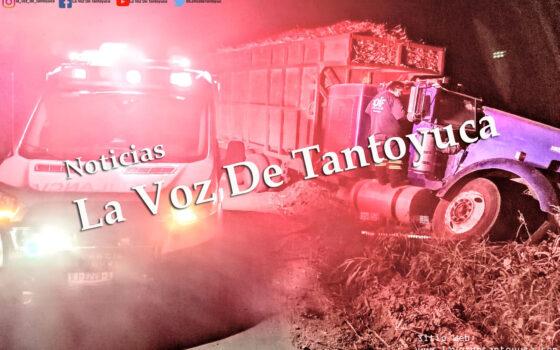 Camiones cañeros colapsan en camino de terracería | #Policiaca  #UnaNuevaGeneraciónEnPeriodismo  Innovando la manera de hacer periodismo…. #LVDT2020 #CODEP #México #Veracruz #Pánuco | LVDT