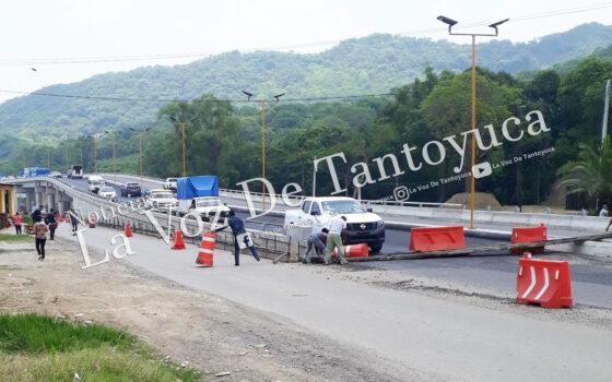 Campesinos sitiaron Huejutla, esta tarde   LVDT