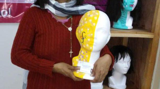Mujeres crean un taller para pelucas oncológicas | LVDT