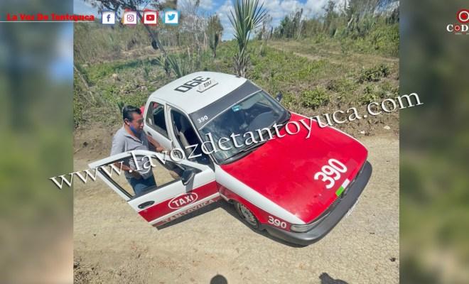 Taxista, a punto de volcar su unidad, en Tantoyuca   LVDT