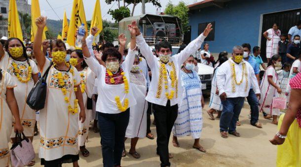 Amuzgueños respaldan el proyecto Camerino García Bernabé   LVDT