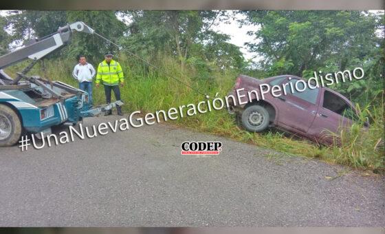 Resulta ileso tras salirse de la carretera, en Chicontepec | LVDT
