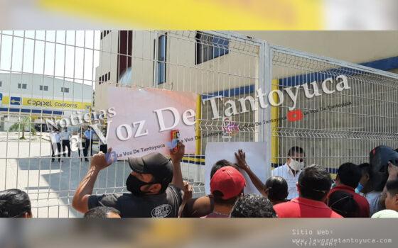 Comerciantes provocan el cierre de Chedraui, Elektra y Coppel | LVDT