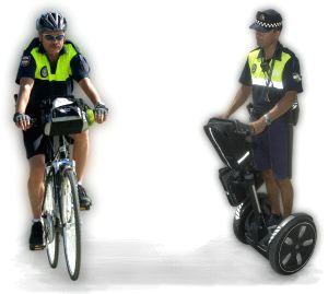 [foto: bici vs segway]