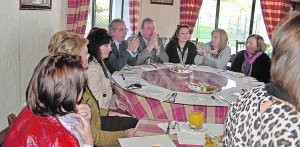De Torre participa en un encuentro para hablar de violencia de género