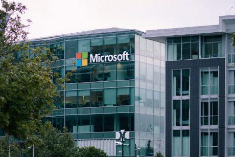 Η Microsoft στο Λαύριο, ο Χ. Σπίρτζης στον… οδοντωτό και οι Γερμανοί στις ΑΠΕ