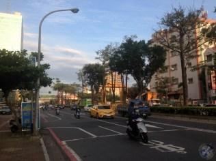 La calle principal donde vive la familia de Jill en Tainan