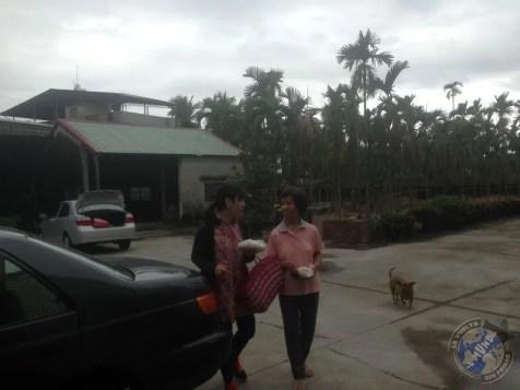 La llegada a casa de la familia de Grace