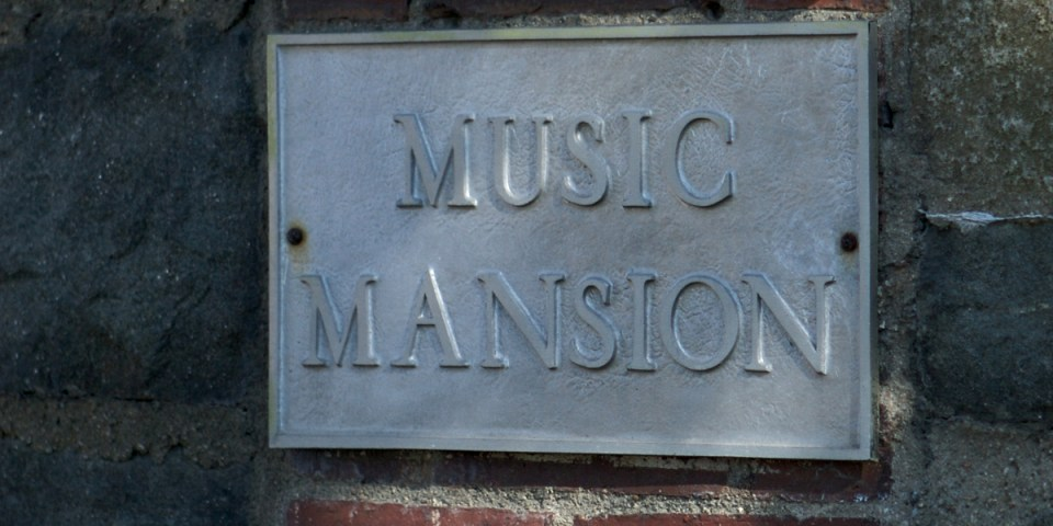 Music Mansion (photo via flickr / kcolwell)