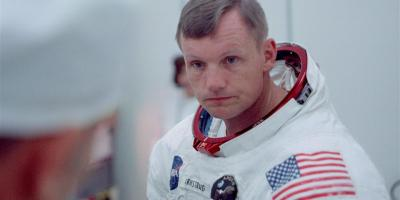 neil armstrong apollo 11