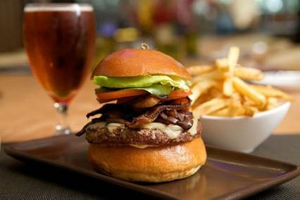 Burgers and brews for March Madness; Credit: The Fields L.A./Freeplay