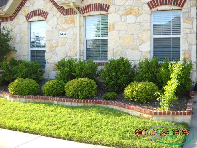 Stone Flower Bed Border With Brick Cap Lawn Landcare Portfolio