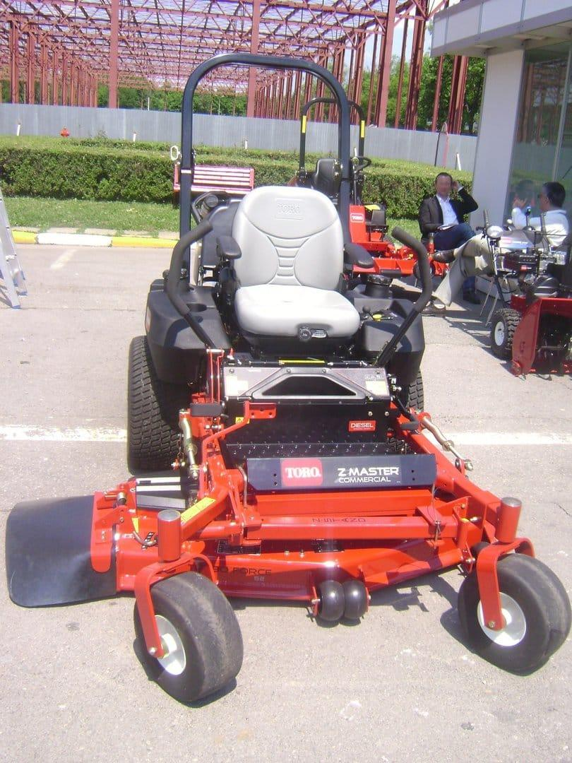 best-zero-turn-lawn-mower-1