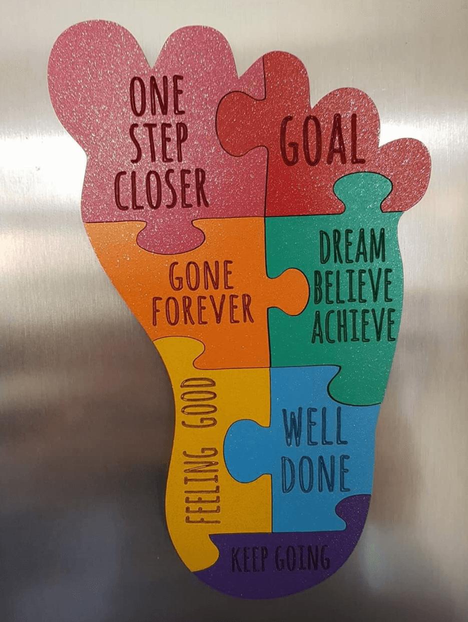 Feet shape jigsaw motivation plaque