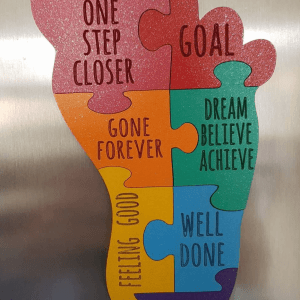 Feet shape jigsaw motivation plaque