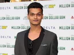 A Sessions Court granted anticipatory bail to slumdog Millionaire actor Madhur Mittal in a sexual assault