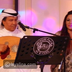 The microphone failure puts Ahlam in an embarrassing position .. and Mohamed Abdo intervenes to save her