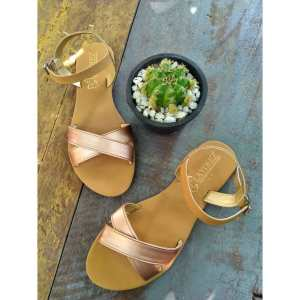 Laydeez Crossover Sandals in Rose Gold