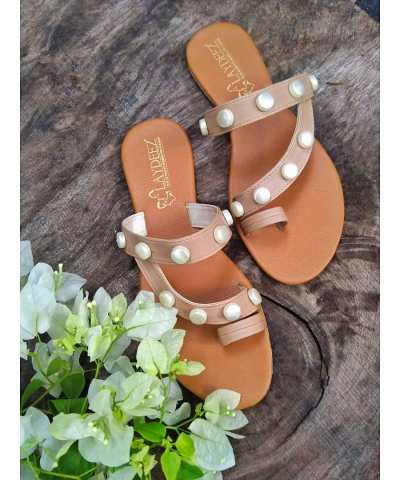 Laydeez Pearly Sandals in Nude