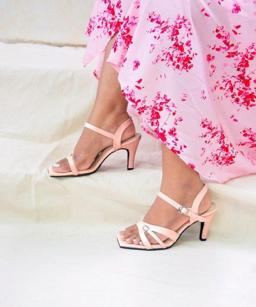 Laydeez Buckle Detail Mid Heels