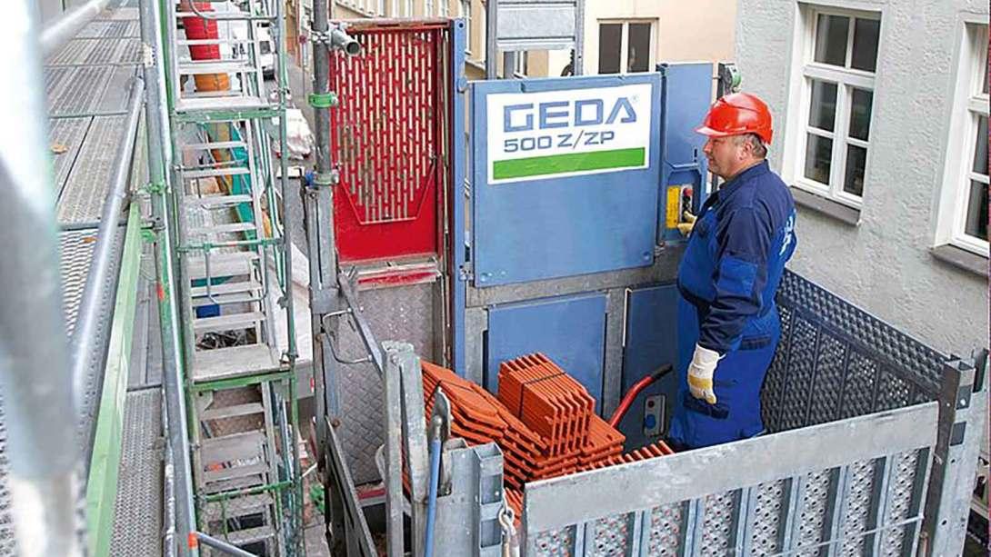 GEDA 500 ZZP hoist vertical transport for materials