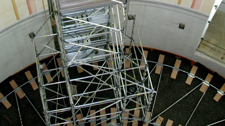 Frauenkirche Dresden mobile scaffold tower
