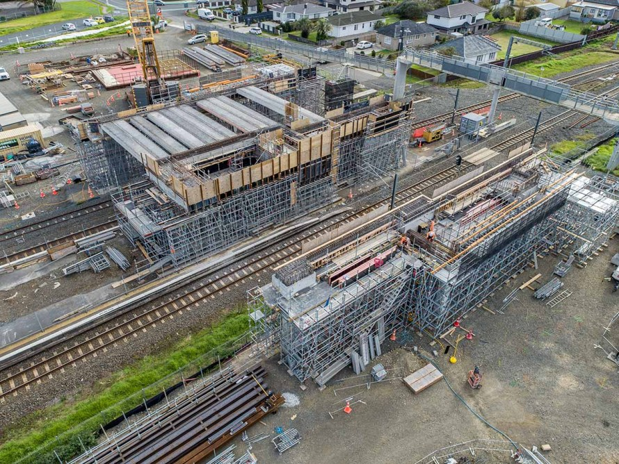 Propping project by TPL Access at Auckland railway station