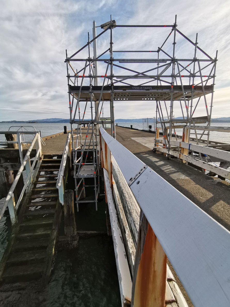 Camelspace used Layher Allround Scaffolding on the Days Bay Wharf repair project