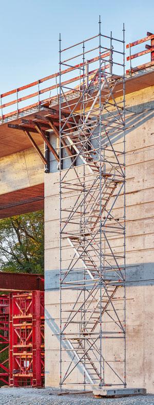 Escalera modular Layher