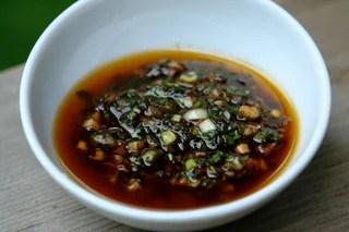 Recette de la sauce chimichurri au vinaigre balsamique.