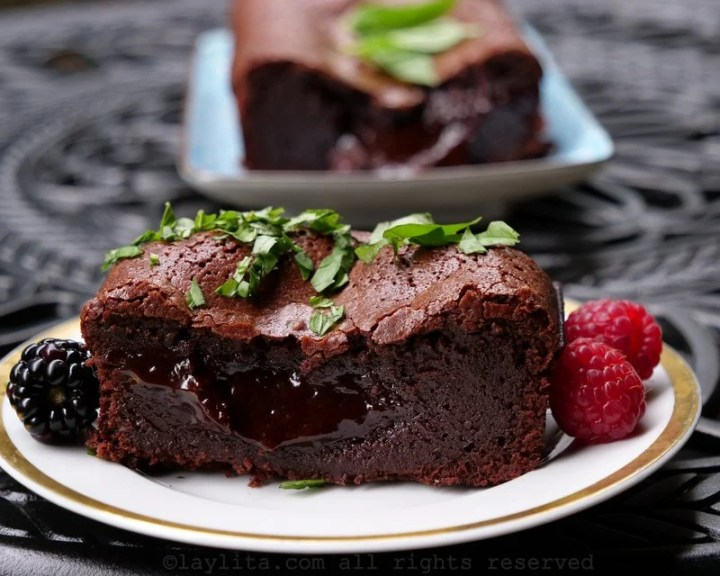 French moelleux molten chocolate cake