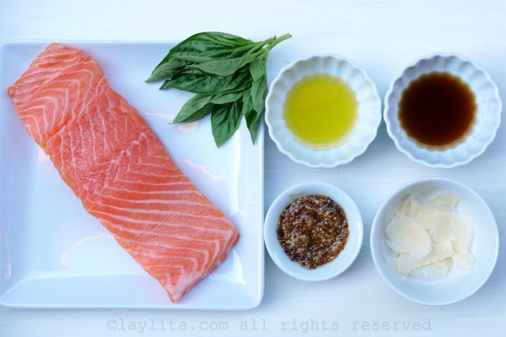 Ingredients for salmon tartare