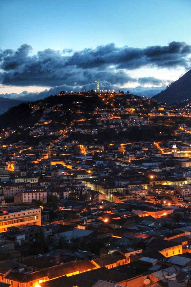 Quito de noche