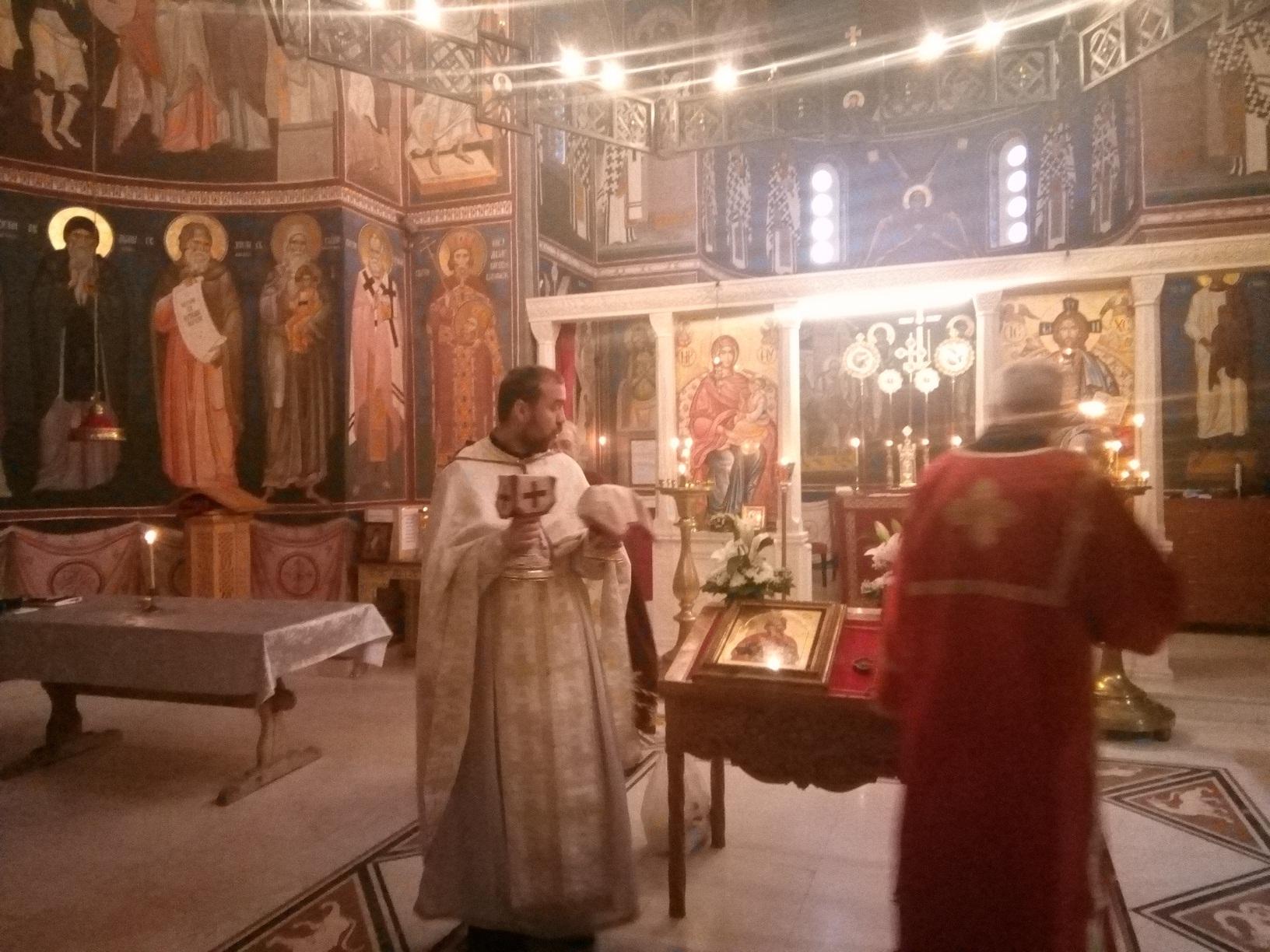 Захвалност младог свештеника
