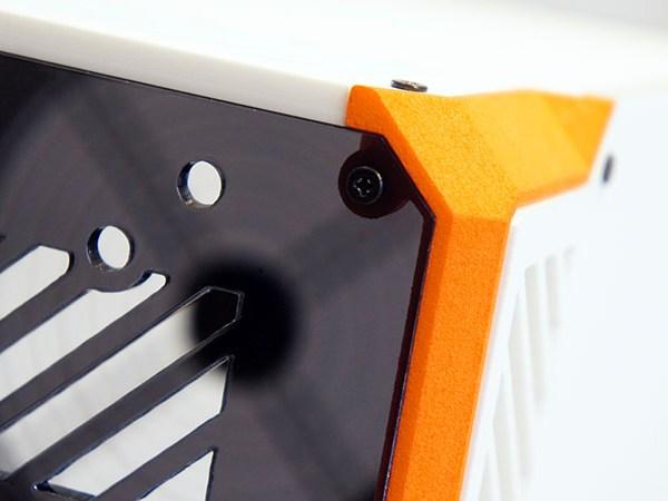 Lazer3D LZ7 SFF Gaming Case - Closeup
