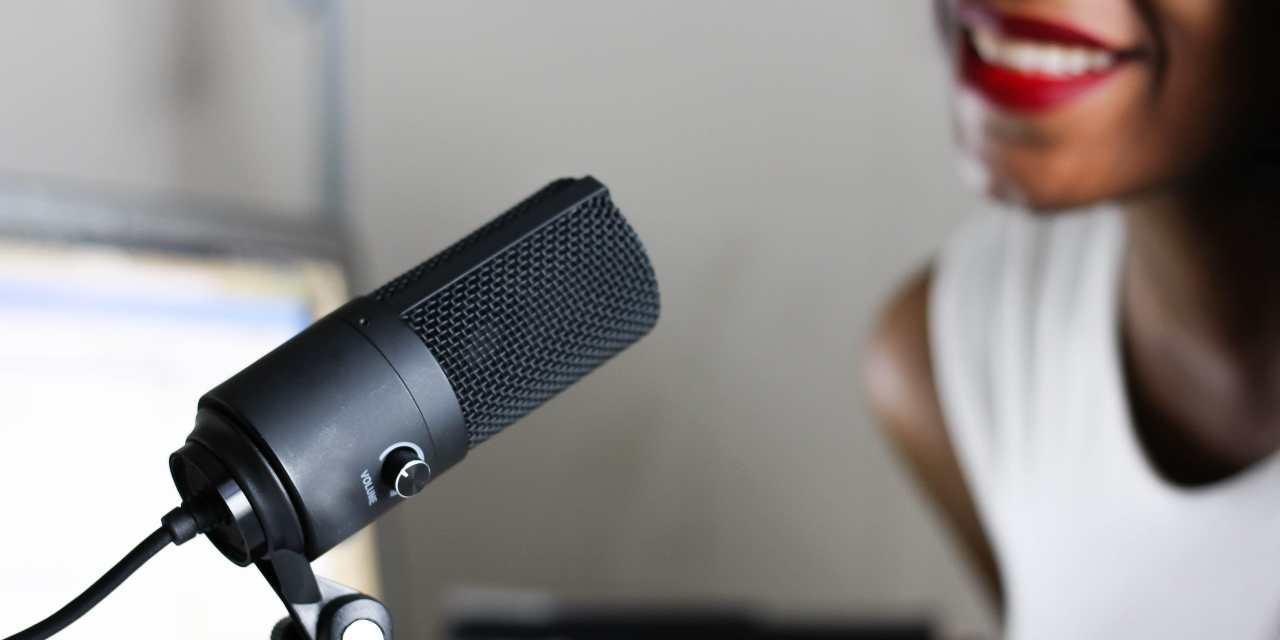 5 Must-Listen-to Podcasts for Freelancers Launching a Business