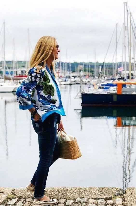 How to wear a Vintage Blouse & make it Look On Trend for Autumn