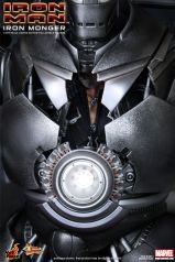Hot-Toys-Iron-man-Iron-Monger-Collectible-Figure_PR13