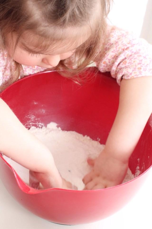 Montessori play, salt dought kitten