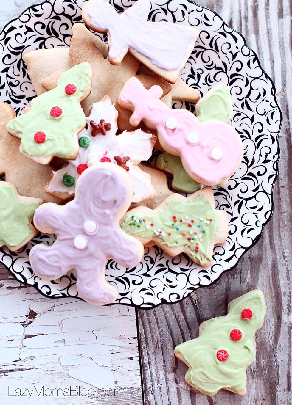 The beast sugar cookie recipe out there! Melting in your mouth, buttery, simply perfect!