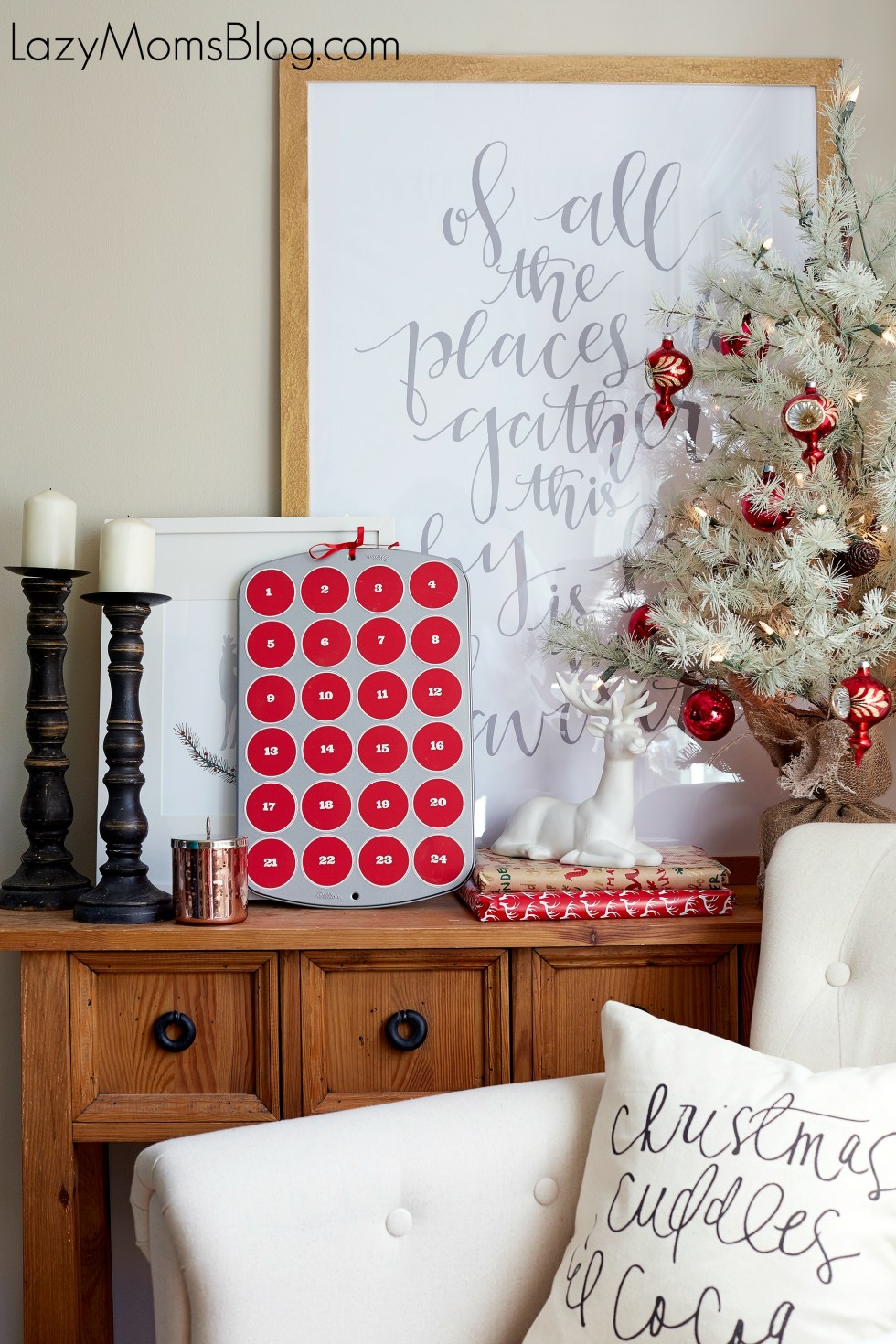 This easy DIY advent calendar is a great way of adding some festive cheer to your everyday! Come grab a free printable to make your own easy advent calendar