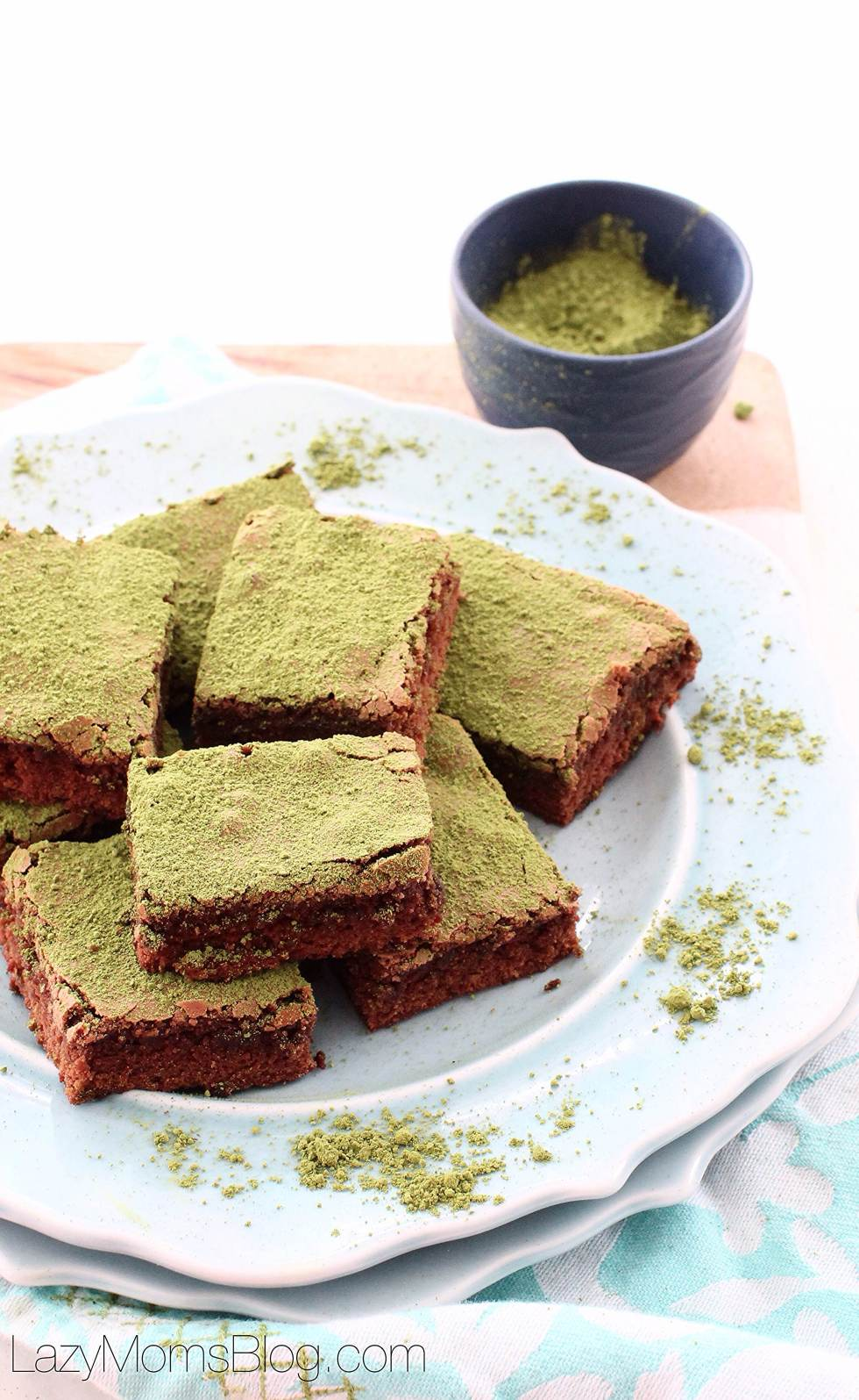 matcha brownies, so yummy and easy !