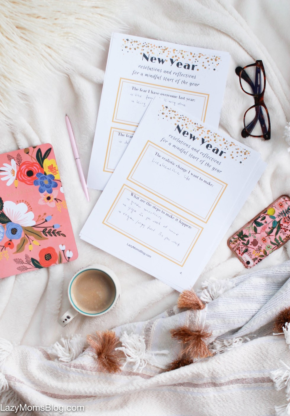 8 pages of free printable resolutions and reflections for a mindful start of the year