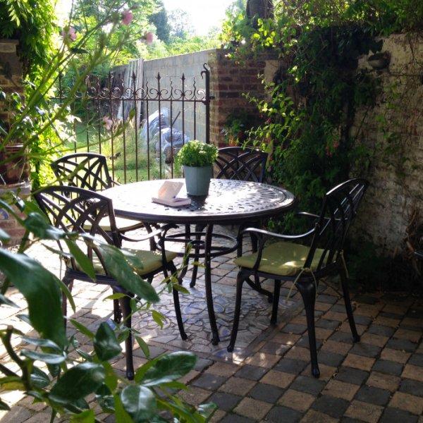 alice antique bronze 4 seater set 120 cm round cast aluminium patio table set