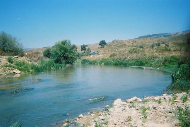 تطالب جمعية امواج البيئة الى معالجة التلوث بالتزامن مع تنفيذ مشروع الليطاني لري الجنوب والبقاع الغربي