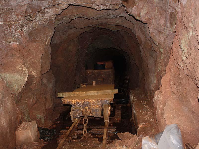 Flat wagon in the mine