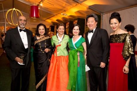 Ravi and Monjula Chidambaram, Bonna Kol, Lou Ann and Alexander C. Chae, Y. Ping Sun