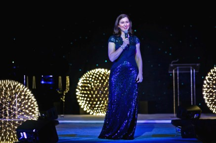 Sing for Hope founder Camille Zamora performs at 2016 gala; Photo © Morris Malakoff