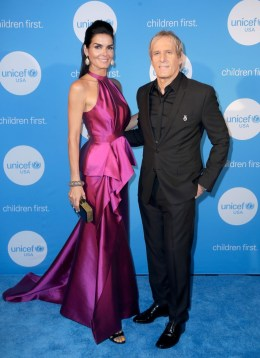 HOUSTON, TX - MAY 24: UNICEF Ambassador honoree Angie Harmon and singer Michael Bolton at the fourth annual UNICEF Audrey Hepburn® Society Ball on May 24, 2017 in Houston, Texas. (Photo by Bob Levey/Getty Images for UNICEF)
